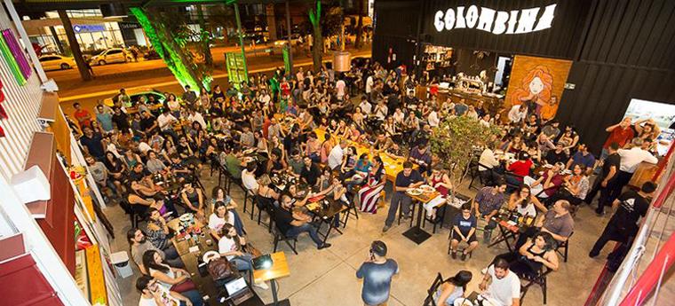 Atividade que aconteceu no Quiosque Colombina, Goiânia (GO) - Crédito: Divulgação / Pint of Science