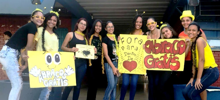 Alunos da Escola Estadual Frederico Pedreira em campanha de prevenção ao suicídio