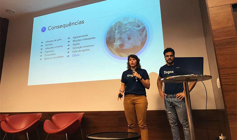Grupo apresenta projeto na UFPE sobre protetor auricular para cachorros