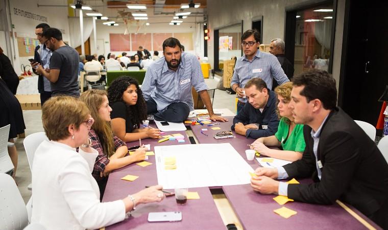Participantes do encontro sobre empreendedorismo social discutem soluçãos
