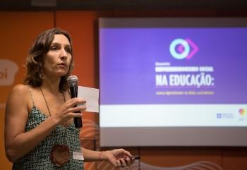 Tatiana Klix, diretora do Porvir, durante o Encontro Empreendedorismo Social na Educação