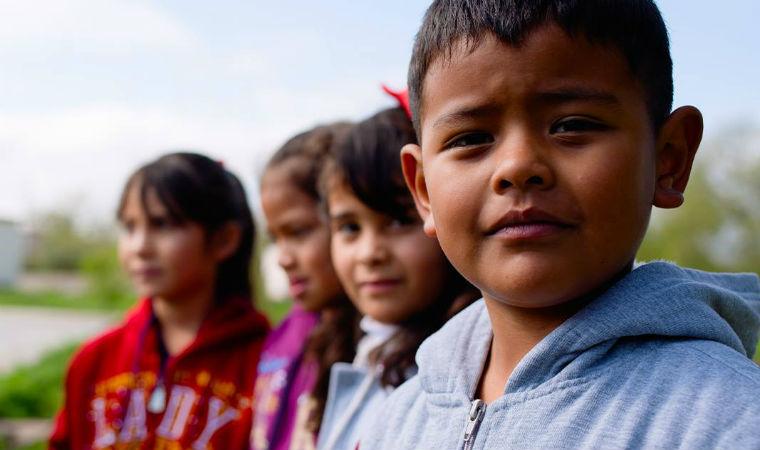 Crianças do projeto Education for Sharing