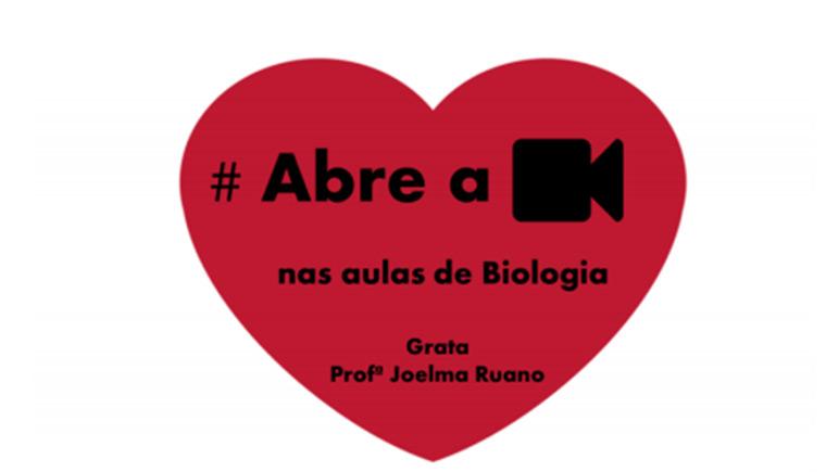 Coração com hashtag abre a câmera nas aulas de biologia