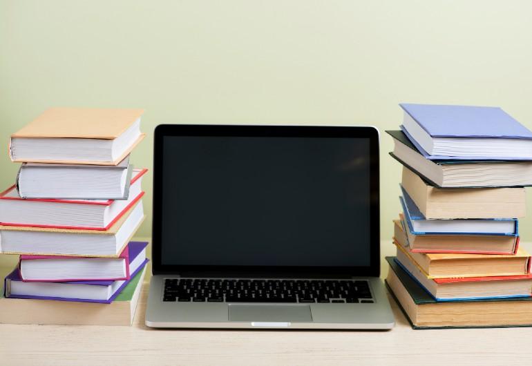 Ilustração do post Conceito e tecnologia são requisitos para o professor adotar o ensino híbrido no Fundamental 1