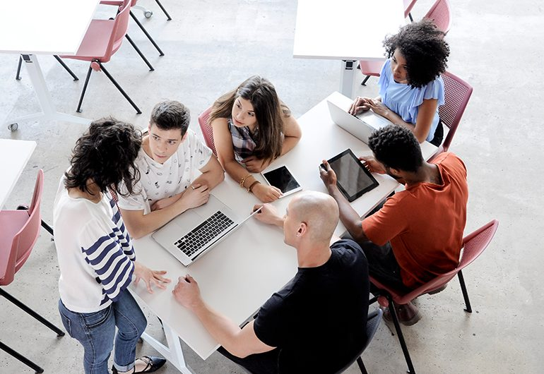 Ilustração do post 43% dos jovens pensam em desistir de estudar. E agora?